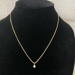 Jewelry - 14K Solid Gold Pearl Pendant Necklace.